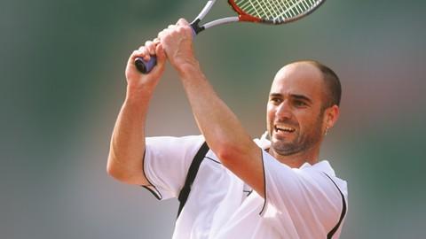 Mejora tu nivel de tenis con el campeón Andre Agassi