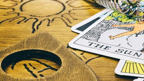 Netcurso-selbst-coaching-mit-tarot-karten-als-coachingwerkzeug
