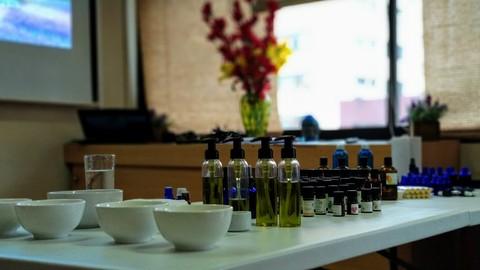 Aromaterapia I: Elaboración de Preparados y Mezclas