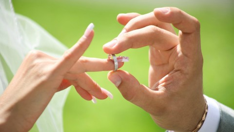 Netcurso-become-a-wedding-officiant