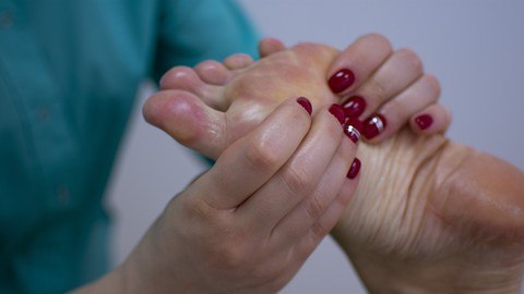 Netcurso-relaxation-with-simple-foot-massage